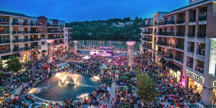 Labor Day Weekend Fun in Downtown Branson